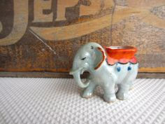 Vintage Elephant Lusterware Made in Japan Small by corrnucopia, $10.00