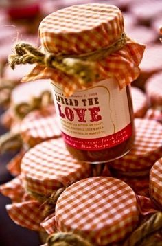 """spread the love"" labels for wedding favors (jam)"