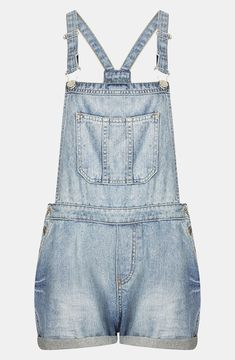 Topshop, I really want a pair, but they dont look like this, a bit different and a darker wash. Hopefully forever 21 still has the ones I saw haha, of course that was in like April