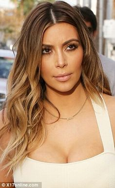 People's Choice Awards Glee star Naya Rivera looks like Kim Kardashian thanks to newly coloured locks Beliage Hair, Hair Dos, Her Hair, Blonde Hair, Blonde Ombre, Kim K Blonde, Dark Ombre, Subtle Ombre, Dark Blonde