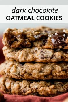 Soft and super chewy oatmeal cookies loaded with real dark chocolate chunks and topped with crunchy sea salt. My favorite oatmeal cookie base recipe and it's great with raisins or chocolate chips, too Baking Recipes, Cookie Recipes, Dessert Recipes, Cookie Ideas, Breakfast Recipes, Pavlova, Toblerone Mousse, Cookie Base Recipe, Triple Chocolate Chip Cookies