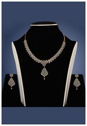 Buy Necklaces, Pearl Necklace and Necklaces Jewellery Sets Online