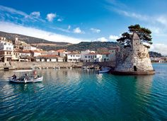 Smells like second home . Santorini Villas, Myconos, Greek Beauty, Countries To Visit, Luxury Yachts, City Break, Ancient Greece, Greece Travel, Greek Islands