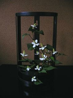 Ikebana Asian style flower arrangement  入梅.
