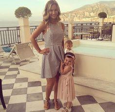 Anna & Emilia #SacconeJolys Anna Saccone Joly, Saccone Jolys, Capsule Wardrobe, Wardrobe Ideas, Her Style, Cute Couples, Style Icons, Spring Fashion, Shirt Dress