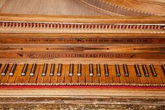 A single-manual harpsichord by Aelpidio Gregori, Sant Elpidi