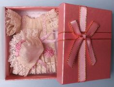 Antique style outfit in natural silk and brocade for mignonette, pink ribbon