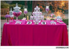 #Dessert #table #pink and #white