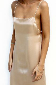 SATIN SILK CHAMPAGNE - BACKLESS SLIP GOWN