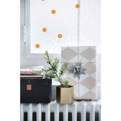 Mini Dots wallstickers – Ferm Living – Köp online på Rum21.se