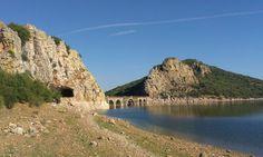 Puente de Cogolludo en el embalse de Orellana.
