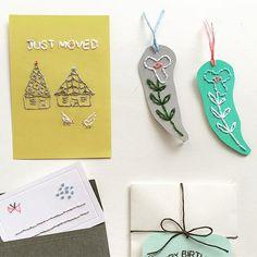 WEBSTA @ annastwutea - 紙刺繍の雑誌の仕事で、私のミスでボツになったのですがせっかく作ったので。しおりと引っ越ししましたカード。別のが掲載されますよ。・・#刺繍 #ハンドメイド #ハンドメイド #handicraft #handembroidery #handmade #needle #needlework #embroideryart #embroidery #手刺繍 #手芸 #手作り #вышивка #紙刺繍 #handcraft #てづくり #stitch #자수 #刺繡 #川畑杏奈 #annas #アンナス #broderie #handiwork #needlecraft #paperstitching #暮らし #しおり
