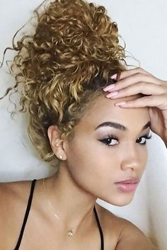 81 Stunning Curly Hairstyles for & long Curly Hiarstyles - New Hair Styles 2018 Curly Hair Tips, Long Curly Hair, Big Hair, Curly Hair Styles, Natural Hair Styles, Messy Bun Curly Hair, Blonde Curly Hair Natural, Dyed Curly Hair, Colored Curly Hair