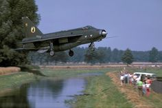 Military Aviation - WIWOL Wednesday - A 19 Sqn Lightning managing to avoid landing in the water and/or crashing through the fence, and impressing Aviation Image, Aviation Art, Military Jets, Military Aircraft, Air Fighter, Fighter Jets, V Force, Aircraft Photos, Plane Photos