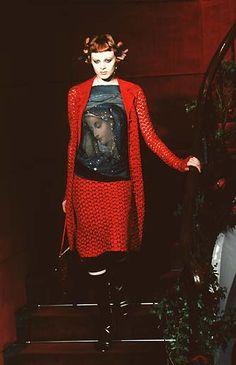 Dolce & Gabbana - Spring / Summer 1998   Karen Elson