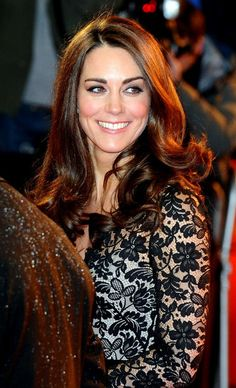 Kate Middleton Photo - Will and Kate at the 'War Horse' Premiere 2