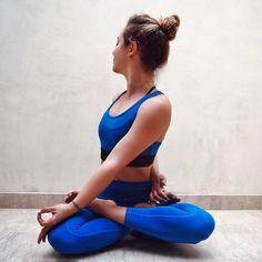 seated twist | yoga
