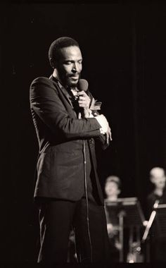 Marvin Gaye Pictures and Photos - Getty Images Marvin Gaye, Tammi Terrell, I Love Beards, Foreign Celebrities, Smiling People, Soul Singers, Radio City Music Hall, Toni Braxton, African American Artist