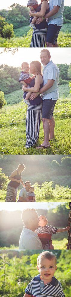 outdoor maternity shoot, maternity photos, family maternity photos, maternity with toddler, pregnancy photos, St. Louis maternity photographer, Charis Rowland Photography