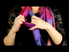 Since I've been tying my scarf like this, everyone has been staring at me – Scarf Ideas 2020 Youtube Tags, Diy Handbag, Handbag Tutorial, Sandals Outfit, Cute Purses, Curvy Outfits, Her Smile, Knitting Needles, Blanket Scarf