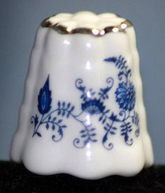 RP: Vintage Pennsylvania Dutch Reutter German Porcelain Thimble -  - ebay.com