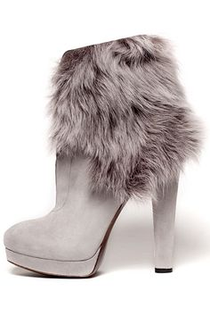 Boots with the Fur, Donna Karan fur boots, furry, grey, booties Cute Shoes, Me Too Shoes, Bootie Boots, Ankle Boots, Grey Booties, Over Boots, Sexy Boots, Donna Karan, Beautiful Shoes