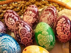 Polish Easter Eggs - pisanki, skrobanki, kraszanki