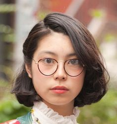 コーデに差をつけるメガネ使い、2016年注目のおすすめデザイン。2016春夏流行するトレンドメガネは?