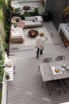 Consider entertaining zones If the space allows, opt for a range of entertaining zones to keep it interesting and functional. You can have a dining area, a lounging area with sun lounges or deck chairs, bench seats or outdoor occasionals.