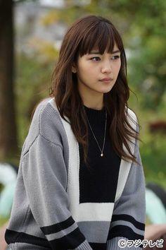 Cute Asian Girls, Cute Girls, Japanese Female Models, Girl Short Hair, Beautiful Asian Women, Japanese Girl, Asian Woman, Beauty Women, Asian Beauty