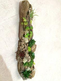 TABLEAU / MUR VEGETAL 3D SUCCULENTES ET BOIS FLOTTE : Décorations murales par atelier-bois-flotte