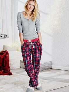 Tis the season or antelope **** plaid pajamas, cute pjs, cute pajamas, p Pyjamas, Cozy Pajamas, Vs Pajamas, Plaid Pajamas, Satin Pyjama Set, Pajama Set, Pajama Pants, Le Style Du Jenner, Pajamas For Teens
