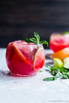 Blood Orange Mojitos #Cocktail #HappyHour #Mojitos #Recipe