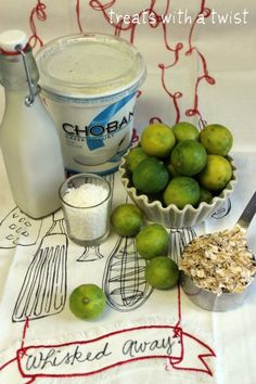 Key Lime Pie Overnight Oats http://www.treatswithatwist.com/2013/03/key-lime-pie-overnight-oats.html