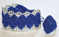 Macrame set: wristband and ring in royal blue, silver colored beads Diy Jewelry Set, Royal Blue, Macrame, Crochet Earrings, Etsy, Beads, Silver, Color, Armband