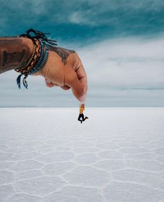 """Put your tiny hand in mine says """"Sorry guys but we had to. Had the funnest afternoon trying to ace the perspective photos. Its a lot harder than it looks! Uyuni was everything Id imagined and more. Uganda Travel, Bolivia Travel, Thailand Travel, Napoleon Hill, Perspective Photos, Peru, Jamaica, Chile, Travel Oklahoma"""