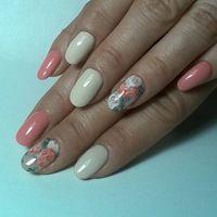 Li Didi nails