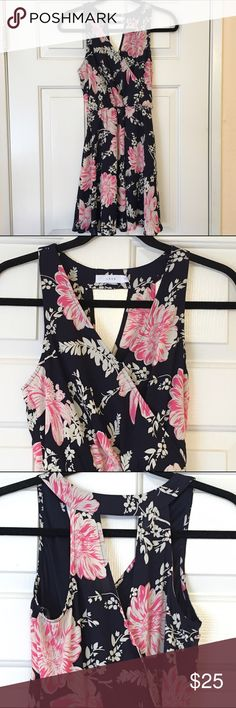 Lush Floral Keyhole Dress Lush dress from Nordstrom   Keyhole detail on the back Worn once Elastic waist  Full lined Skater dress   NO TRADES OFFERS WELCOME Lush Dresses