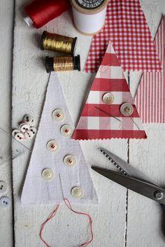 Fabric Christmas Trees, Christmas Crafts, Textiles, Xmas Decorations, Holidays And Events, Advent Calendar, Holiday Decor, Blog, Diy