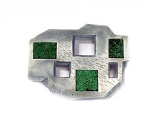 Sybille Richter - Felder (Fields), 2009 brooch, aluminium, silver 935, uvarovite