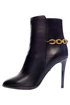 Diane von Furstenberg - Shoes - 2014 Pre-Fall | cynthia reccord