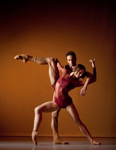 Jacoby and Pronk Contemporary Dance.