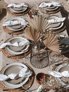 Hire our beautiful picnic display with all plates, napkins, glasses, table probs, dried displays, throws cushions and more! Boho Wedding, Wedding Table, Dream Wedding, Wedding Ideas, Picnic Set, Picnic Table, Seagrass Storage Baskets, Table Set Up, Nature Decor