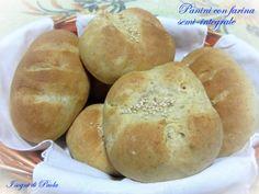 Panini con farina semi-integrale. Il buon pane fatto in casa!
