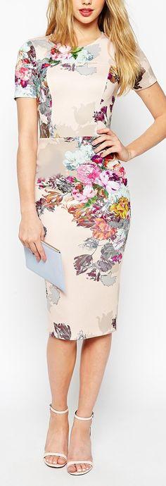 Vestido Social com Estampa Floral                                                                                                                                                     Mais