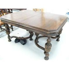 Beau Lot Of American Walnut C.1930 Dining Room Table With One Leaf Chattanooga  Furniture Company