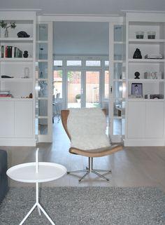 en suite in jaren 30 woning Interieur design by nicole & fleur Home Interior Design, Interior Decorating, Minimal Home, Home Living Room, Interior Inspiration, Home Furniture, Sweet Home, New Homes, House Design