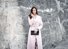 That makes beauty. - Diane von Furstenberg - Very elegant, long women´s glove made of choice suede and nappa leather! Make Beauty, Ladies Fashion, Diane Von Furstenberg, Duster Coat, How To Make, How To Wear, Strength, Gloves, Street Style