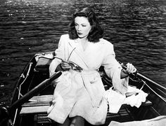Gene Tierney scored her only Oscar nomination for playing an exceptionally wicked femme fatale in John M. Stahl's Technicolor-shot film noir LEAVE HER TO HEAVEN Gene Tierney, Classic Film Noir, Classic Movies, Classic Hollywood, Old Hollywood, Divas, Houston, 20th Century Fox, Brooklyn