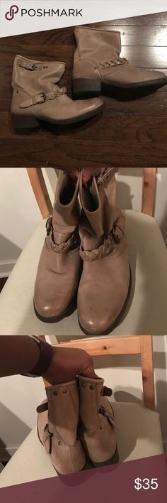 🚨SALE🚨Cute tan booties! Cute tan size 11 booties from Report. I would say these are 5-6 year old (paid full price from Nordstrom at the time), but are in pretty great condition and still trendy. Bottoms are smooth (by design), with some wear. Again, too small for me, which is why they gotta go! Open to offers! Not going to guess on the original price, but Report ain't cheap...these are a great deal! Report Shoes Ankle Boots & Booties